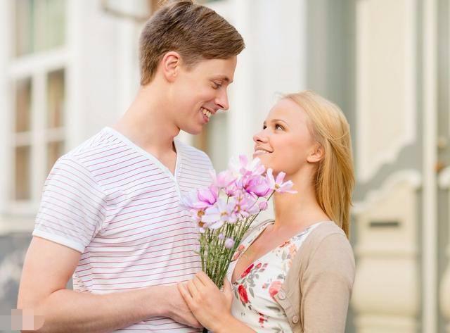 和男朋友恋爱4年,结婚前的平淡期,遇上了喜欢的人,如何选择?