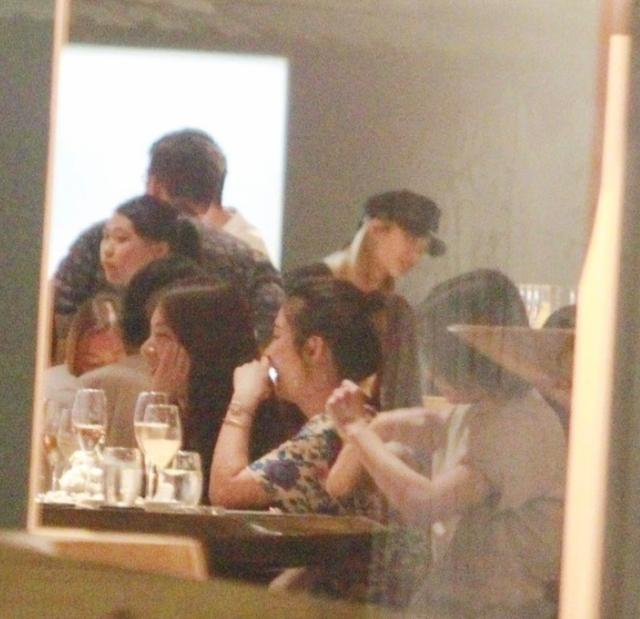 Selina前夫张承中与SHE聚餐,气氛愉悦不拘谨如老友相见