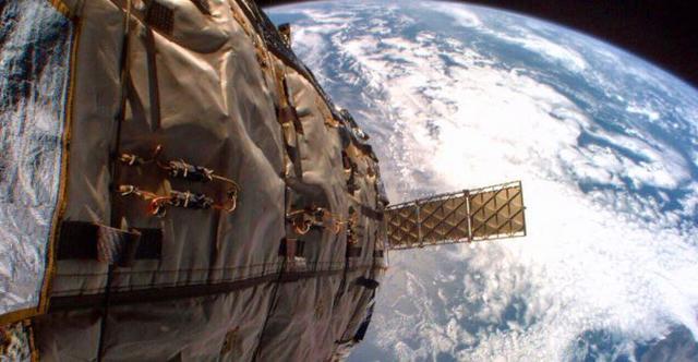 美国空军警告:美俄卫星发生碰撞概率约5.6%,下午4点05分可能发生