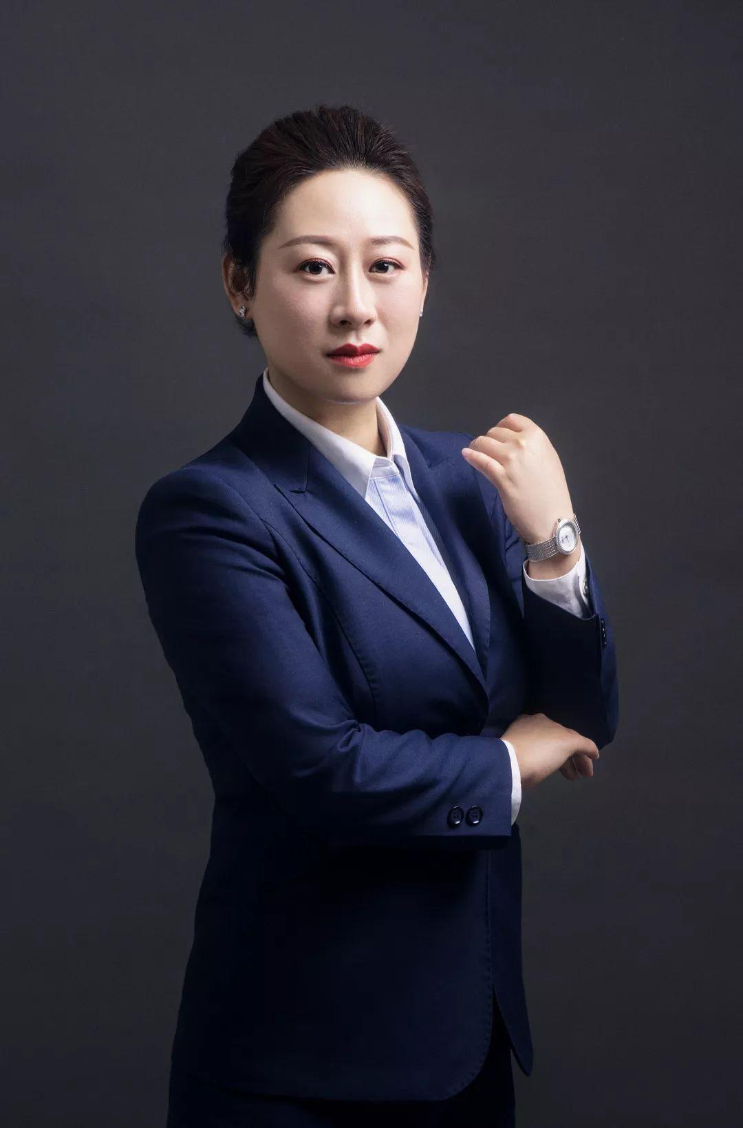 ccc3333dj_02  2j服务营销驱动模式 3333 王玮艳女士从四个方面分享了创实集团\