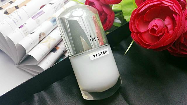 这些抗衰老的补水保湿精华液,让你的皮肤更加的嫩白富有弹性光泽