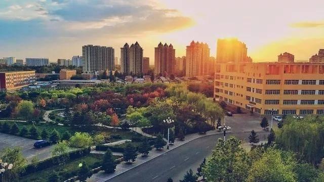 内蒙古经济总量2019_内蒙古大草原图片