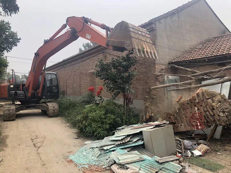 拆违大战! 燕郊镇半个月拆了24个村街, 668户违建!