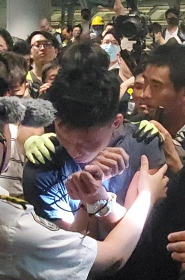 被控暴动及伤人两罪 港铁一技巧员请求保释遭拒