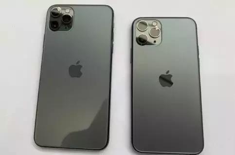 iPhone 11终于没涨价但依然暴利 外媒:64GB起始容量就是个笑话
