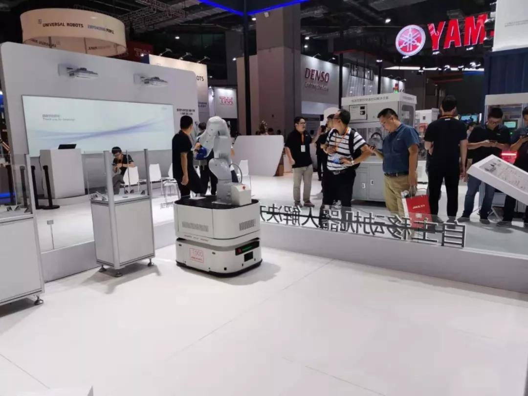 AGV智能移动机器人-机床商务网
