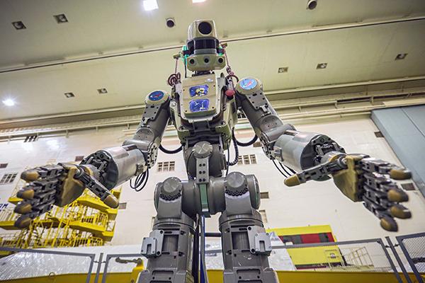 """""""拒绝说话""""?俄太空机器人返回地球后被指无法启动"""