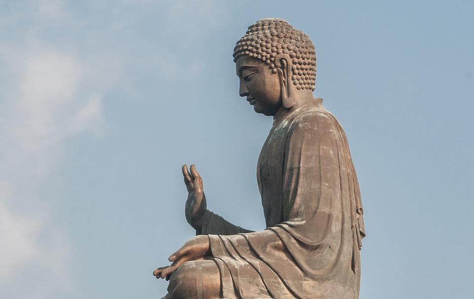 佛法的中心思想,无非就是这几句话,一定要牢记!