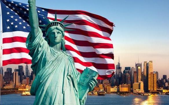 <b>高中生应该去美国,英国还是加拿大留学?</b>