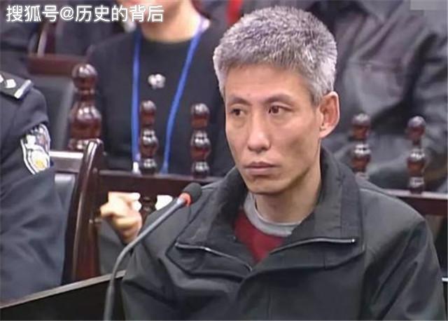 沈阳黑道大哥刘涌,曾打骂过天王,因为救一人得以发家!