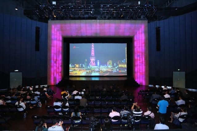 上海又添网红打卡地:全国首家8K影像实验室