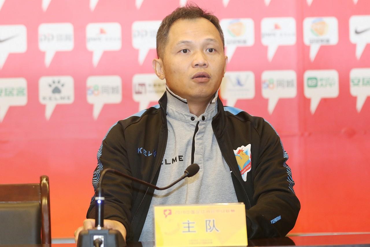 上海也没钱!上海申鑫部分球员拒绝训练,仅10人参与包括罗伯托萧