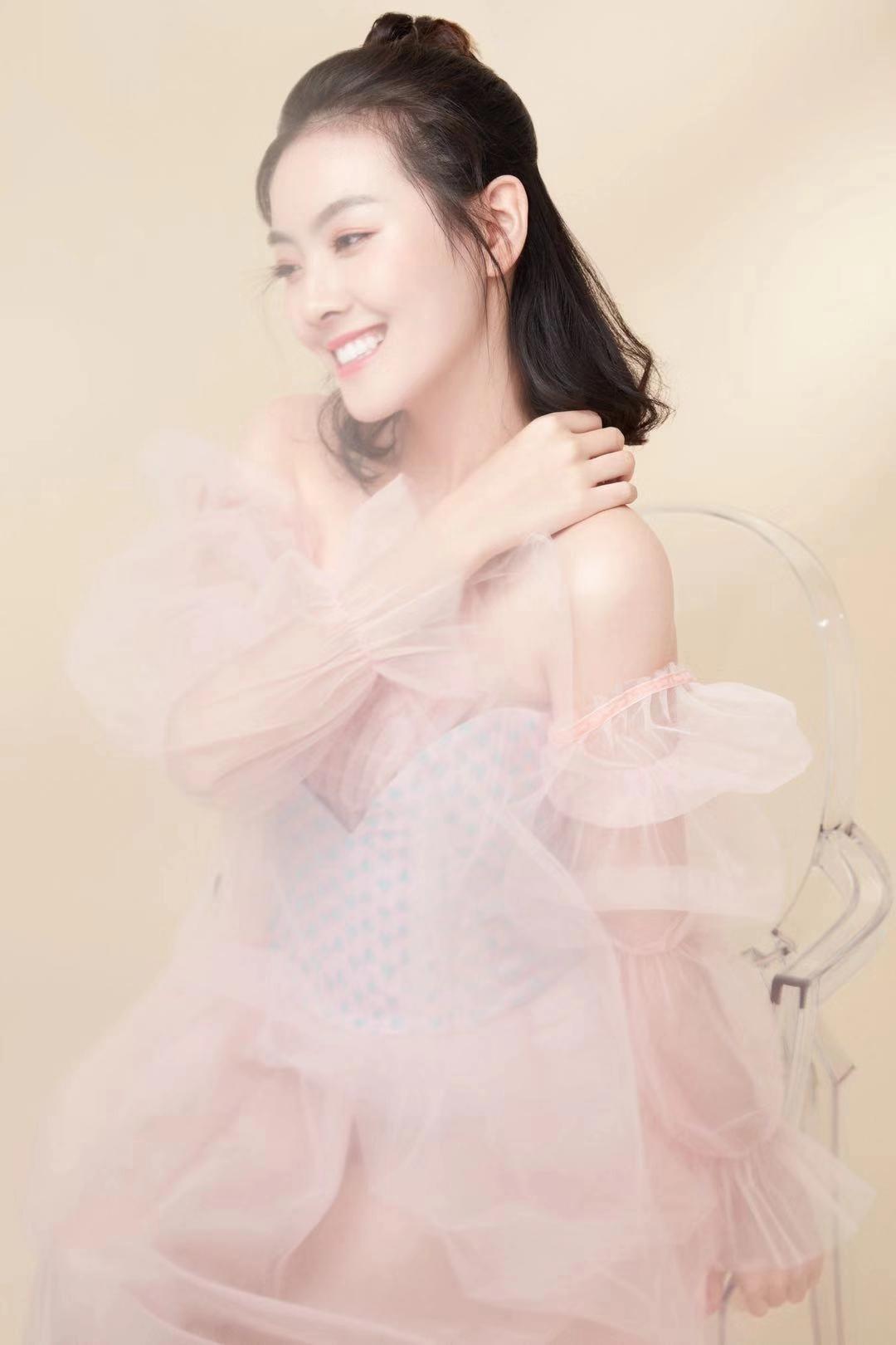 【校花日志】2019狐友校花王钰鑫热爱表演  明亮温柔与光同在