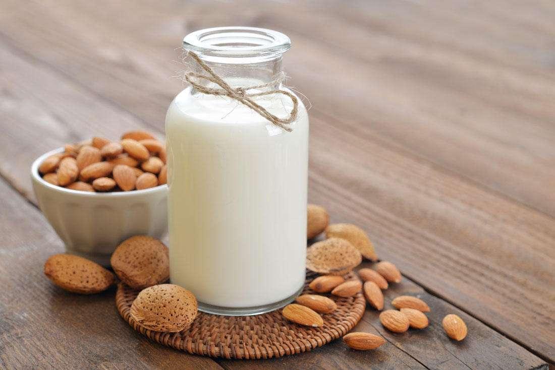 原创食话食说|一喝牛奶就放屁、拉肚子?半数中国人都有这个毛病