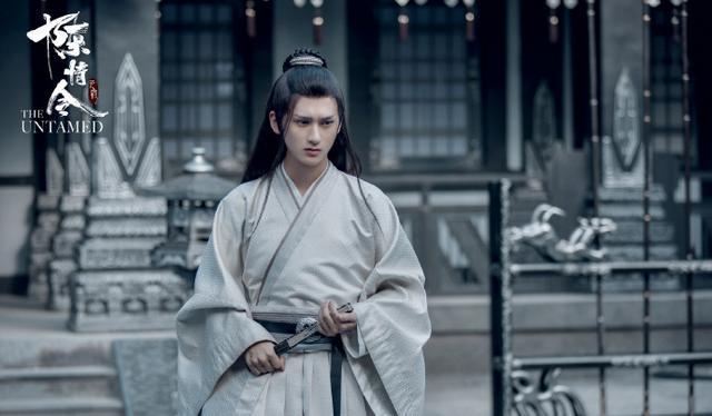 他在悄悄、旧年光跑过龙套,因《陈情令》成名,新戏协作蒋依依