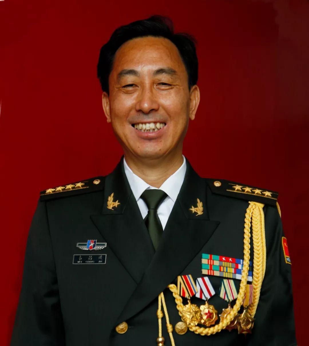 """【第一军视】""""改革先锋""""韦昌进:为了胜利向我开炮 - 中华人..."""