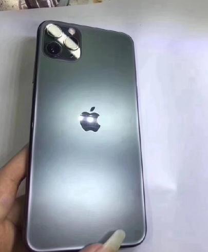iPhone 11 Pro Max全球首拆,电池变大主板变小,工艺让人感叹