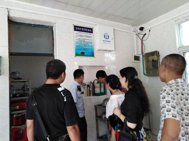 市政府、教育局领导到云梦县倒店乡开展开学校园安全工作检查