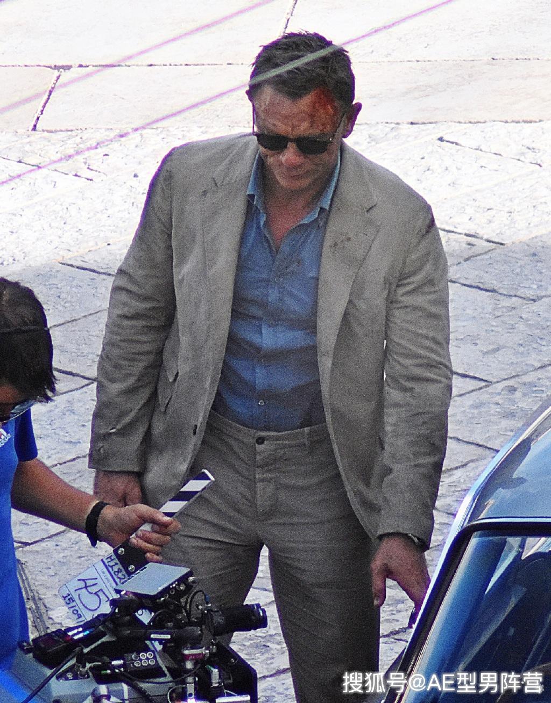疼!007丹尼尔·克雷格头部再挂彩,简直是六任邦德中最敬业的一位