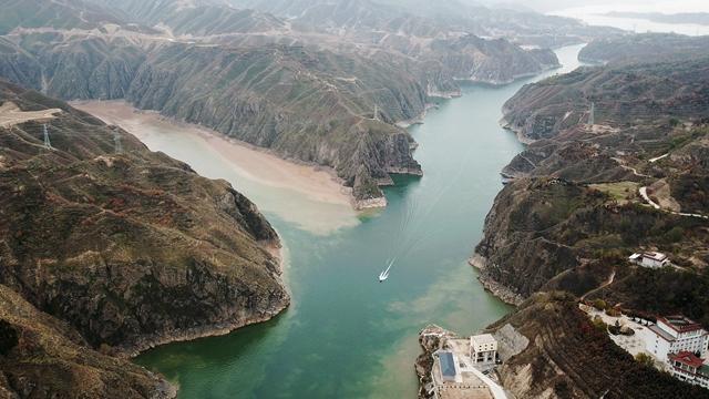 黄河道域生态保护上升为严重年夜国度计谋!专家调研发明五大年夜情况成绩