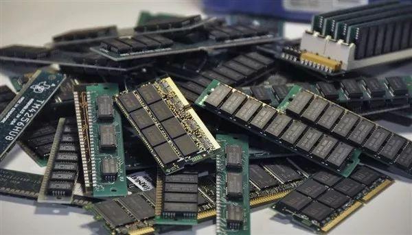 【简讯】合肥长鑫量产10nm级DDR4内存;小米MIX Alpha曝光…
