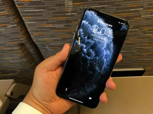 iPhone 11Pro Max快速上手:三摄表现言过其实,续航提升表