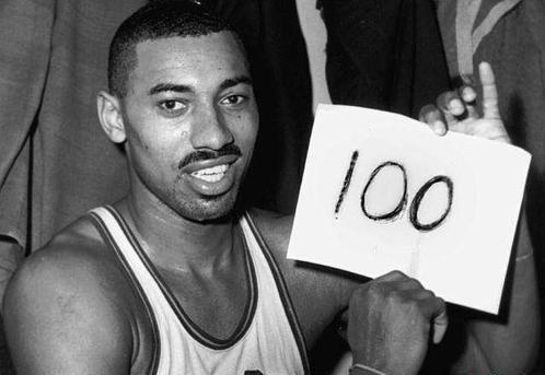 NBA10大不可能完成的任务:摸3米95篮板上沿,乔丹也仅有一项上榜