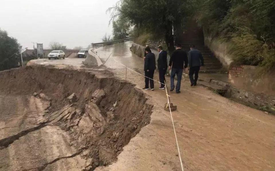 甘肃部分地区持续性降雨引发洪涝滑坡灾害,已致2人死亡