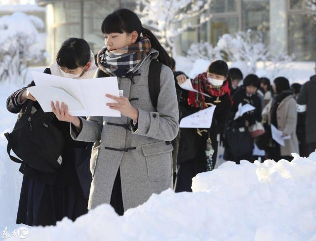 海外网评:日本高考不考英语了,学生为何不满意?