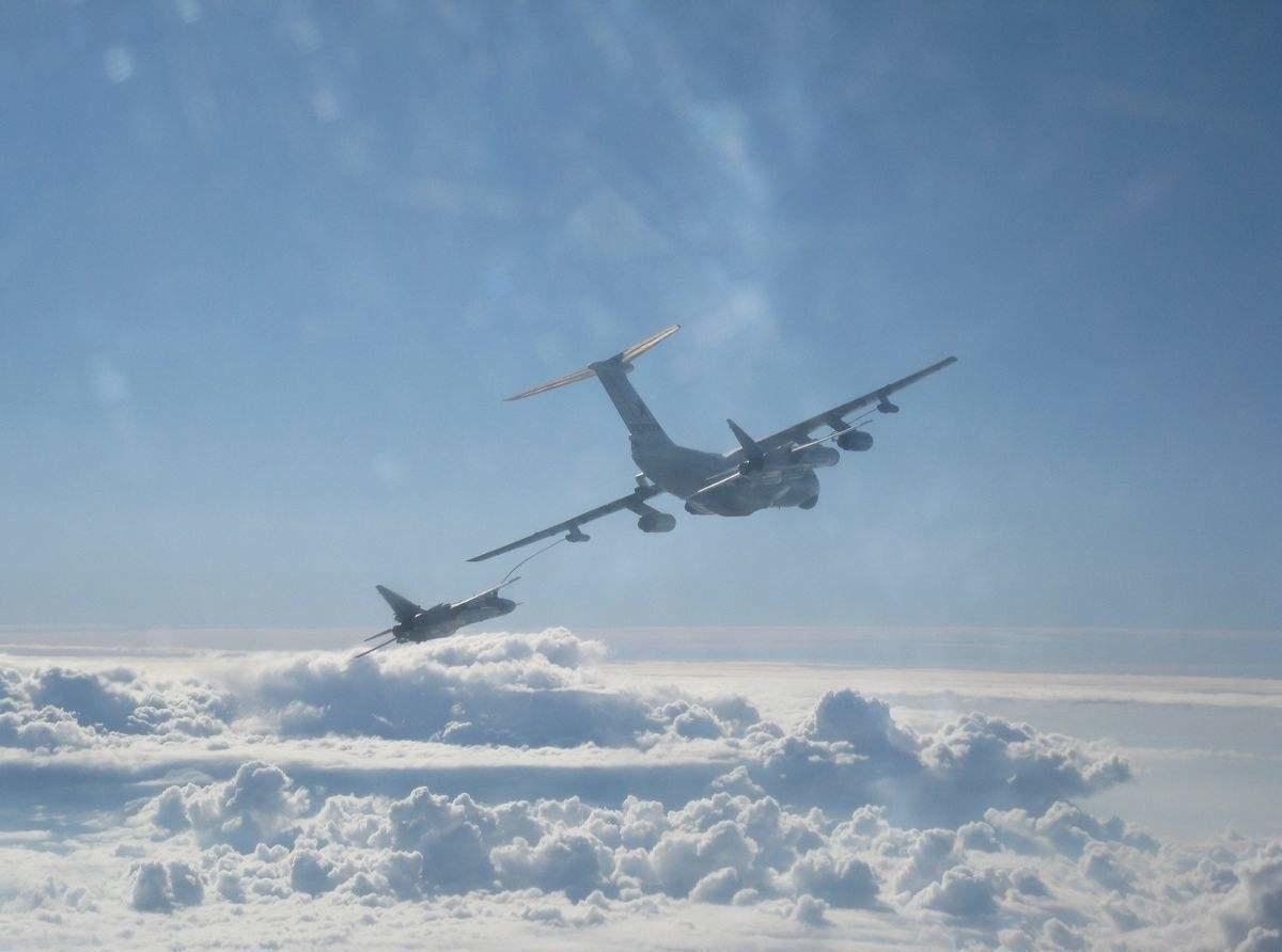 网赚任务平台轰6N震撼出世!全球首款反舰弹道导弹攻击机,引各国高度重视