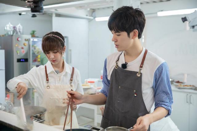 《中餐厅3》口碑扑街,黄晓明变油腻大叔,节目组负主要责任
