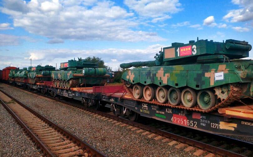 7国13万大军全部就位,普京下令火力全开,美质问:为何不公开