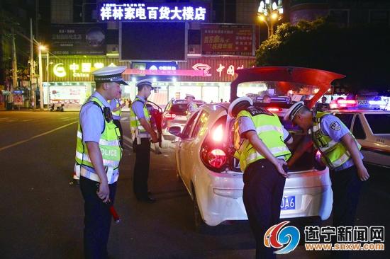 蓬溪县公安局严厉打击黄赌毒筑牢社会安定环境