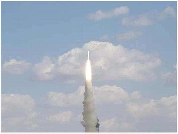 """""""珠海一号""""03组卫星发射升空"""