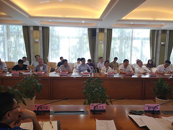 上海今年98名出租驾驶员已被吊证,21家出租车企业被约谈