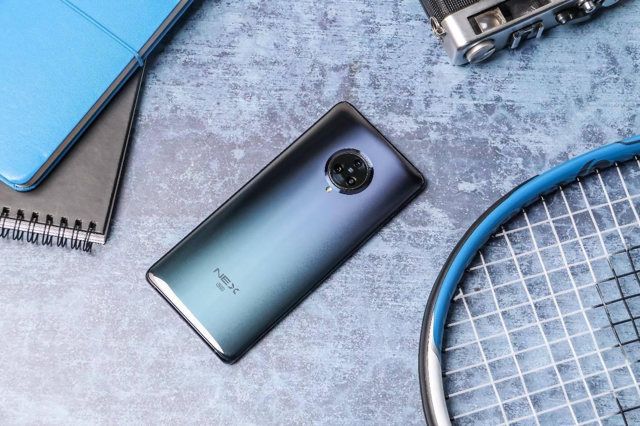 """最""""招黑""""的5G手机,瀑布屏+压感按键,成华为三星的""""心头恨"""""""