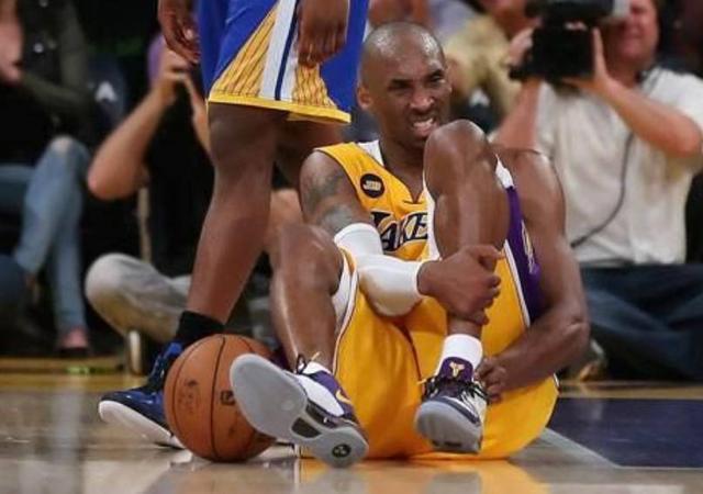 NBA令人遗憾的瞬间:科比跟腱断裂一夜梦碎,姚明倒下让球迷心酸
