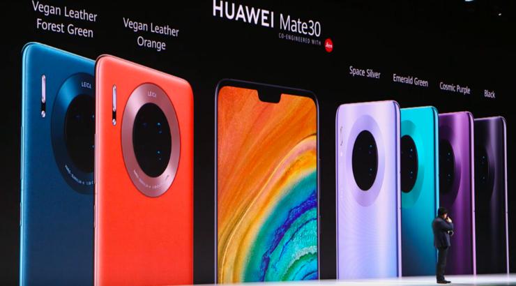 苹果在中国品牌地位暴跌;脸书一员工在公司总部跳楼身亡;Airbnb 宣布明年上市丨雷锋早报