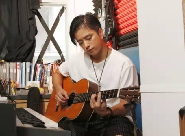 为了追梦耗尽置业储蓄 39岁香港歌手直言从未后悔将钱放在音乐上