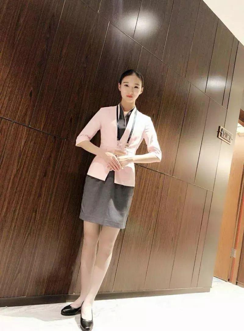 就业学子 |  广州机场贵宾厅就业学子——杭红