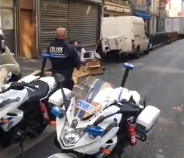 法国突发枪击案:女枪手向路人开枪 疑有恐怖主义动机