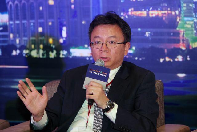 央行货政司原司长、侨联副主席李波赴任重庆