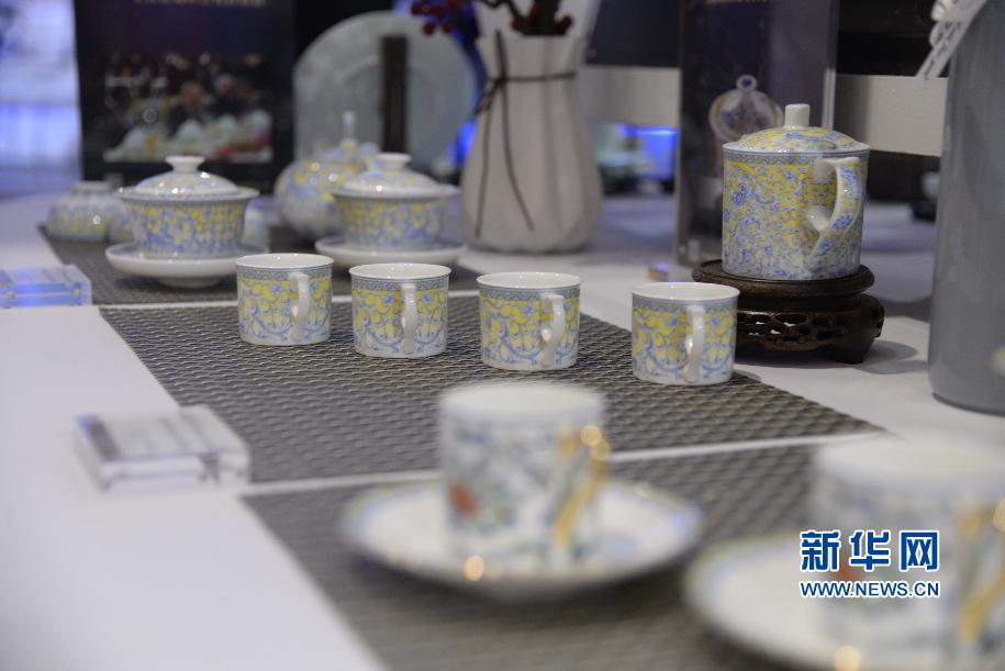 <b>国瓷登上欧厉青也将度提了上来山东省文博会舞台!淄博确很是喜爱陶瓷精彩亮相</b>