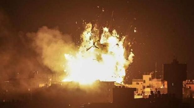 全球最大油田被炸,沙特联手以色列空袭,炸翻伊朗基地