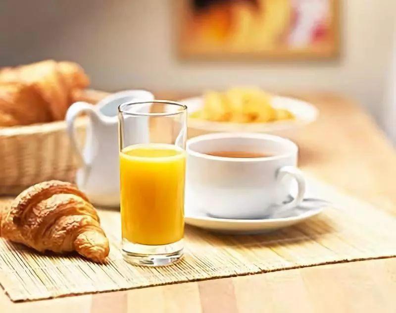 <b>简单美味的早餐饼,两分钟就能搞定~</b>