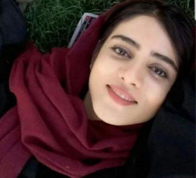 伊朗女球迷看球赛获刑后自焚身亡,国际足联发声明