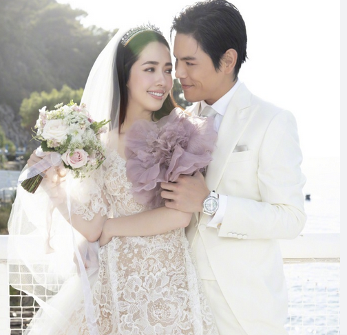 官宣娶亲郭碧婷嫁入朱门,高晓松前妻教驭夫术:每个月给2千零花钱