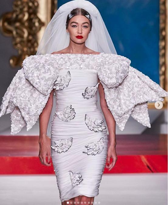 吉吉哈迪德米兰时尚周再次披婚纱,坏小孩设计师这次搬来了毕加索
