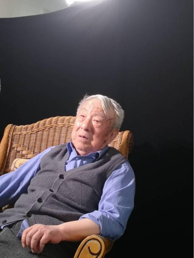 中跟挂停高级倍投大学原新闻系主任刘树田逝世