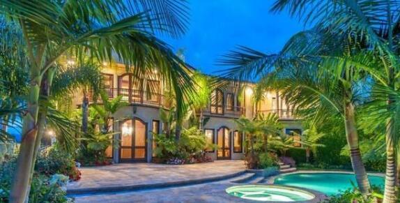 NBA巨星豪宅多气派?科比地中海别墅如宫殿,乔丹别墅松树值200万